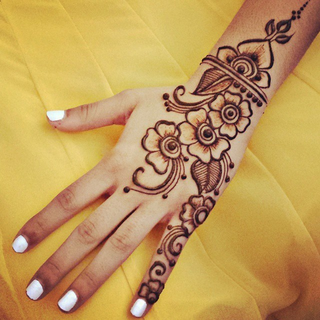 Amazing Benefits Of Henna For Hair Growth Medicalopedia